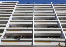 Uferzeile Balkonsanierung Balkone von unten temps
