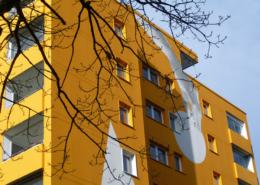 Barnstorfer Weg Fassade mit Balkon temps