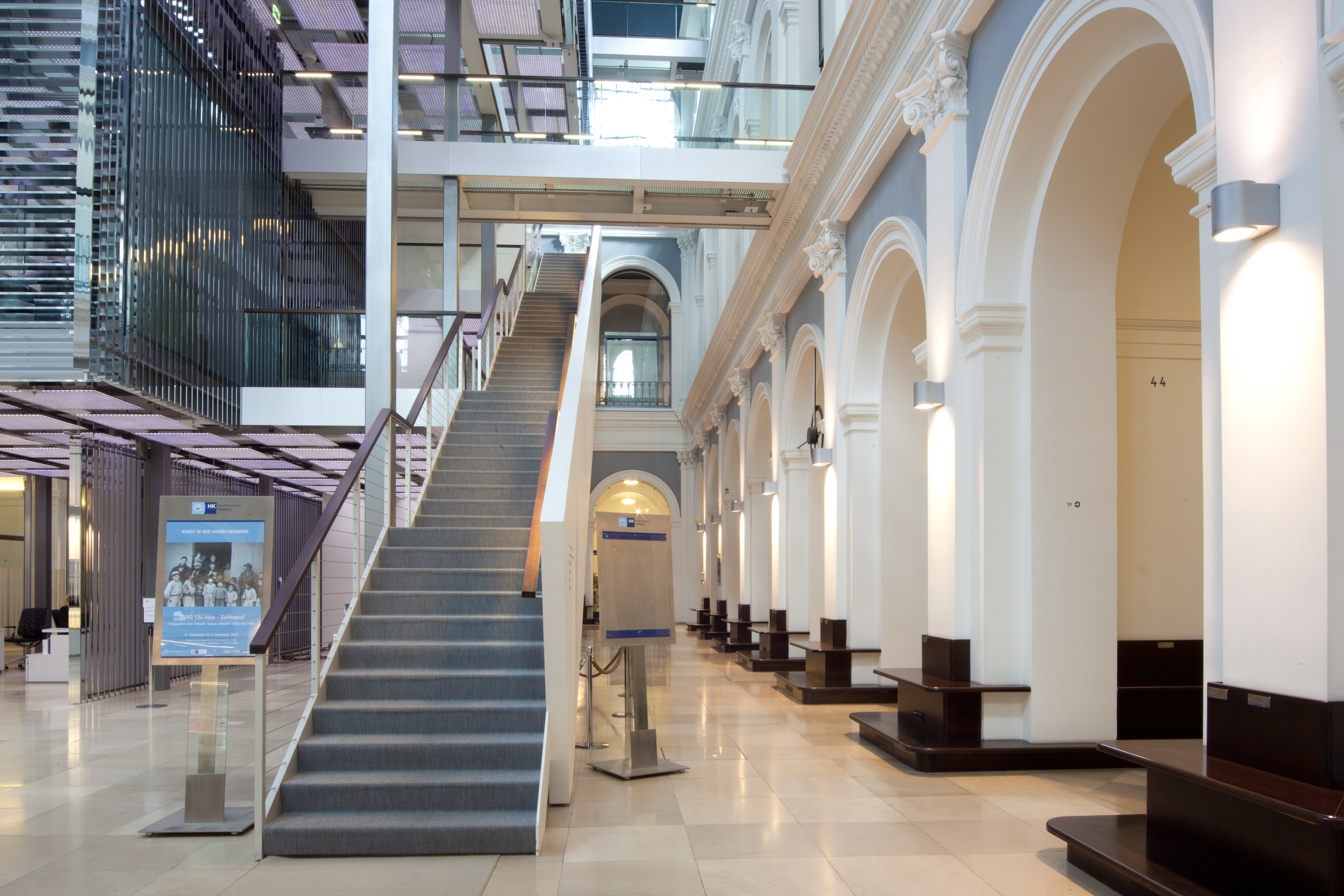 Handelskammer Commerzbibliothek Treppenaufgang