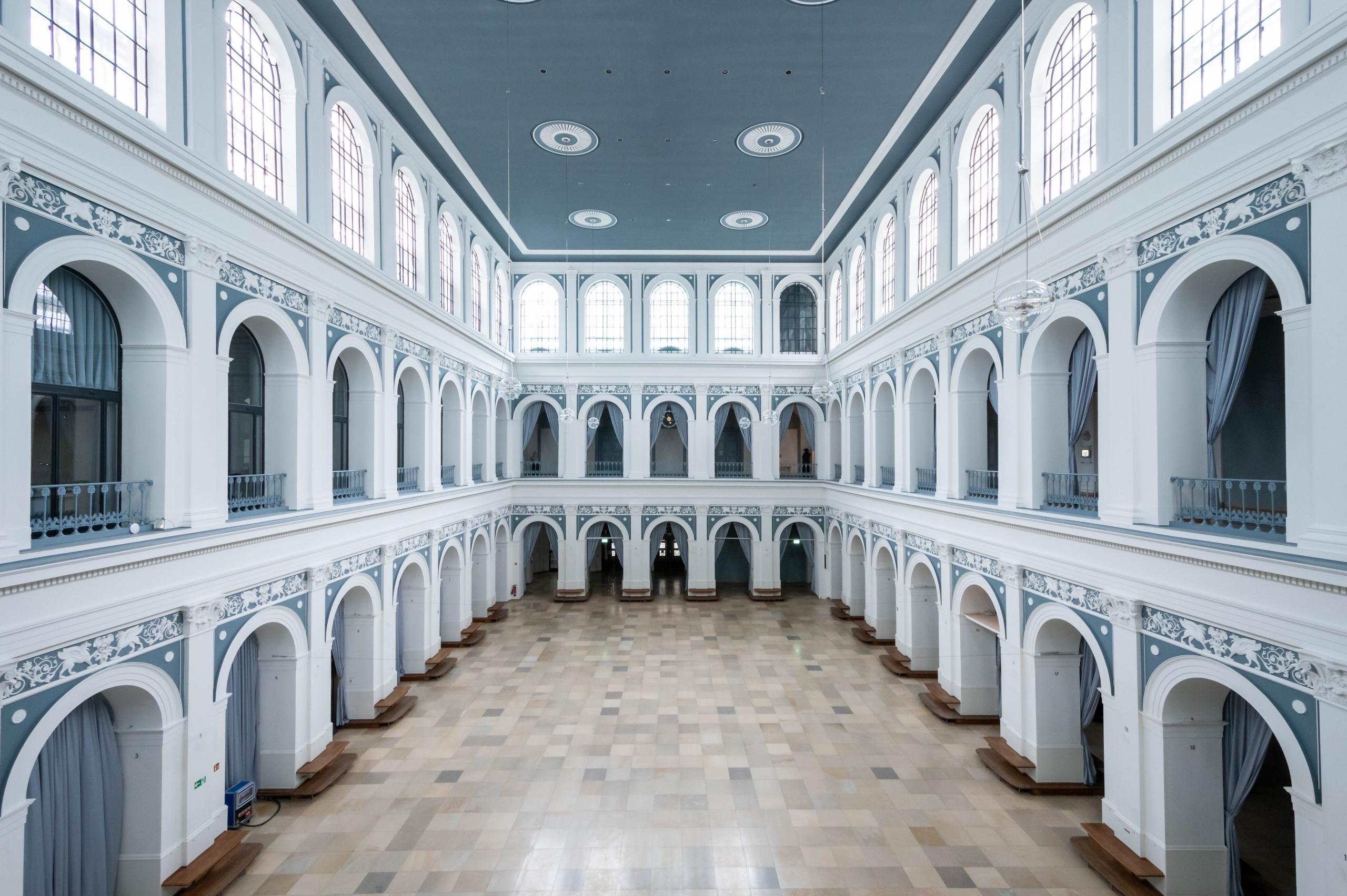 Handelskammer Hamburg, Hallen